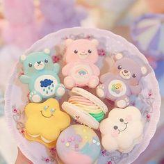 Pretty Birthday Cakes, Pretty Cakes, Cute Cakes, Cute Snacks, Cute Desserts, Kreative Desserts, Cute Baking, Kawaii Dessert, Cafe Food