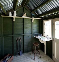 English Writing Studio/Remodelista- This is a great concept for our shed Mager Miller - standing desk Studio Shed, Garden Studio, Dream Studio, Converted Shed, Writing Studio, Writing Area, Shed Interior, Wood Shed Plans, Potting Sheds