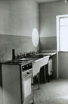 A kitchen in a new four-storey tenement flat built by Glasgow Corporation Housing Department at Mansewood, in 1952. The equipment illustrated was typical of kitchen installations in many council properties at the time. - TheGlasgowStory