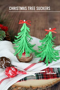 Christmas Tree Suckers {easy Christmas treat} – It's Always Autumn Christmas tree suckers are an easy Christmas treat for sharing with friends! Christmas Treats To Make, How To Make Christmas Tree, Diy Holiday Gifts, Christmas Crafts For Kids, Simple Christmas, Christmas Holidays, Christmas Decorations, Christmas Ornaments, Christmas Ideas