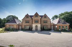 The stunning home in West Sussex oozes luxury fitted with PDS high quality timber windows, timber doors and bespoke joinery. www.pdsdoorsets.co.uk