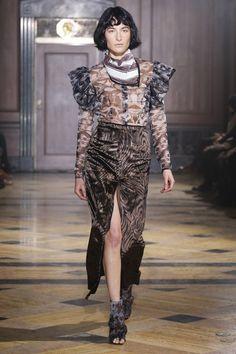Sophie Theallet Fall 2016 Ready-to-Wear Fashion Show High Fashion, Fashion Show, Womens Fashion, Sophie Theallet, David Koma, Gareth Pugh, Fall 2016, Diane Von Furstenberg, Catwalk