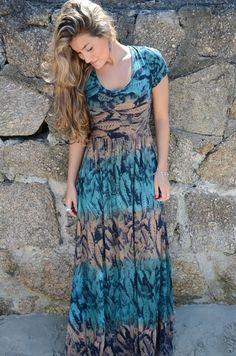 Vestido longo  simples... '