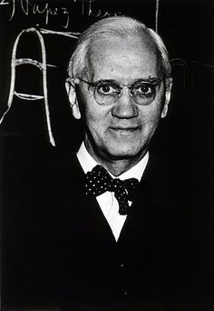 This is Alexander Fleming, the discoverer of Peniciline. I think this personality is great because his invention led to a new era in modern medicine, and peniciline transformed medicine and pharmacology in a Revolutionary way.