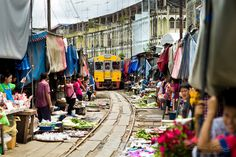 Thai Market - such a stressful place!