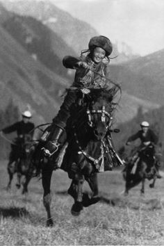 Max Alpert. Horsewoman. 1936 Soviet Photo La Russia per immagini