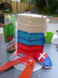 Fondant cakes and cupcakes on pinterest olaf cake seattle seahawks