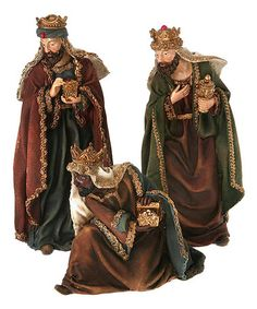 Set a faithful scene with this detailed figurine set. Each gift-bearing king is rosy-cheeked and dressed up in elegant, gold-bordered robes. Christmas In Italy, All Things Christmas, Xmas, 3 Reyes, Christmas Pageant, Kings Day, Betty Boop Pictures, Point Lace, Holy Night
