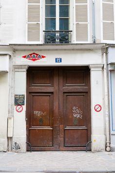 Invasion of Paris Continues - unurth | street art