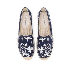 Blue Flats, Blue Shoes, Toe Shape, Shoe Box, Womens Flats, Blue Flowers, Bliss, Boutique, Espadrilles