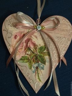 1 million+ Stunning Free Images to Use Anywhere Heart Decorations, Valentine Decorations, Christmas Decorations, Patchwork Heart, Diy And Crafts, Paper Crafts, Valentines Art, Clay Ornaments, Heart Crafts