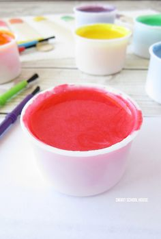Marshmallow Paint- an adorably fun homemade paint using melted marshmallows. Amazingly fun, colorful, educational, and EDIBLE paint. Diy For Kids, Crafts For Kids, Diy Crafts, Craft Activities For Kids, Toddler Activities, Preschool Crafts, Christmas Treats, Christmas Cookies, Edible Paint