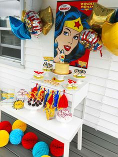 Wonder Woman party | CatchMyParty.com