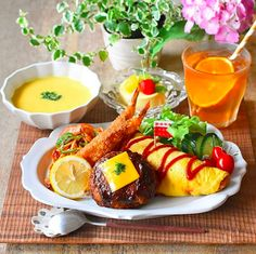 Japanese Dishes, Japanese Food, Cafe Food, Food Menu, Asian Recipes, Healthy Recipes, Plate Lunch, Food Decoration, Fat Burning Foods