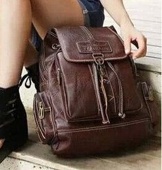 NEW Designer Fashion High-Quality Well-Crafted Large-Capacity PU Leather Backpack 3 Colors
