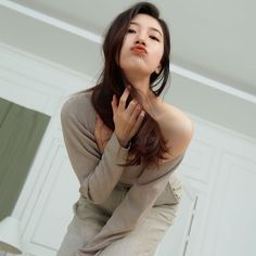 Bae Suzy, Asian Doll, Sexy Poses, Korean Actresses, Beautiful Asian Girls, Girl Costumes, Pop Fashion, Kpop Girls, Singer