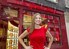 To celebrate the release of Special K Cracker Crisps and the cereal brands move into the savoury crisps market, Special K has opened a standalone retail outlet where customers pay in 'Tweets'.