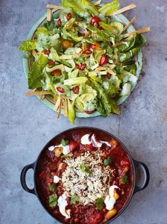 Veggie chilli with crunchy tortilla & avocado salad http://www.jamieoliver.com/recipes/vegetables-recipes/veggie-chilli-with-crunchy-tortilla-avocado-salad/#rUjloJbWWA1DmsZT.99