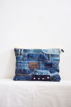 Only Jeans, Denim Art, Waist Pouch, Patterned Jeans, Recycle Jeans, Recycled Denim, Sewing Hacks, Clutch Bag, Blue Denim