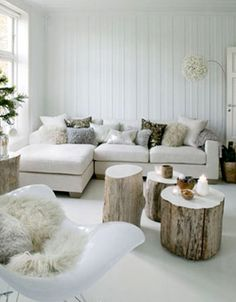 nordic-house-living-room-candles