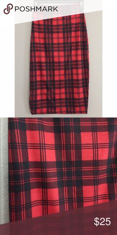 Red and Black Plaid Bodycon Pencil Skirt Red and Black Plaid Bodycon Pencil Skirt with elastic band. Very flattering, body hugging fit. Missguided Skirts Midi