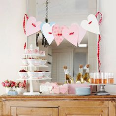 DIY Valentine's Day Heart Banner