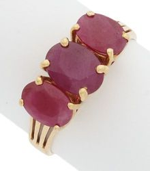 Estate Jewelry:Rings, Ruby, Gold Ring The ring features oval-cut rub...