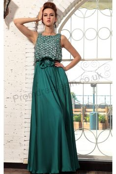 Elegant Green Sleeveless Formal Evening Dress S687