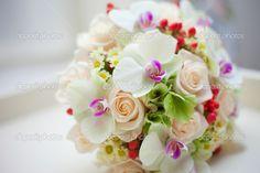 depositphotos_10543991-Wedding-bridal-bouquet.jpg (1023×682)