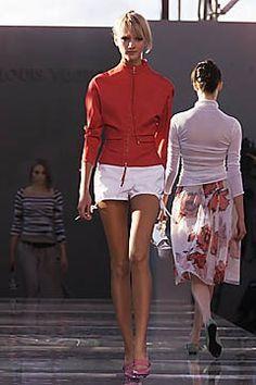 Louis Vuitton Spring 2001 Ready-to-Wear Fashion Show - Liudmilla Bakhmat, Marc Jacobs