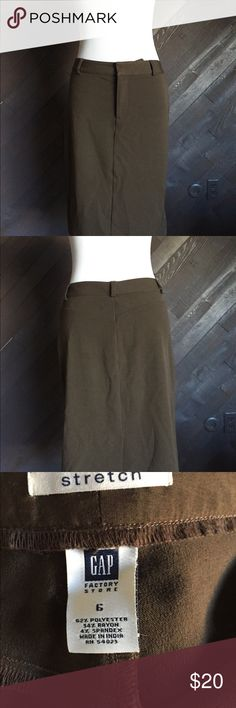 GAP Brown Pencil Skirt GAP brown stretch pencil skirt. 28 inch waist, 22 inches long. In like new condition GAP Skirts Pencil