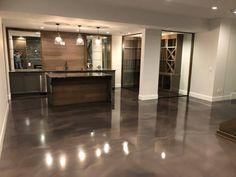 Epoxy Flooring System – Metallic Epoxy – Ideas for my new home. – New Epoxy Epoxy Floor Diy, Epoxy Floor Basement, Metallic Epoxy Floor, Diy Epoxy, Diy Flooring, Living Room Flooring, Kitchen Flooring, Stained Concrete, Concrete Floors