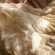 #RDVAncestral : Louise, mariée à 12 ans. À lire sur www.murmuresdancetres.blogspot.fr #genealogie © picclik.fr