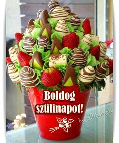 Fruit Bouquet Wedding Edible Arrangements Chocolate Covered 46 Ideas For 2019 Chocolate Strawberries, Chocolate Covered Strawberries, Strawberry With Chocolate, Chocolate Dipped Fruit, Edible Fruit Arrangements, Edible Bouquets, Chocolate Bouquet, Fruit Art, Edible Art