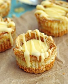 Chelsea's Messy Apron miniature cinnamon roll cheesecakes - a super easy and delicious dessert
