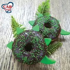 This Dinosaur Doughnut Kit is for the baking enthusiast looking to create a simple yet tasty treat. Create Raaawesome doughnuts that your family will not be able to resist.