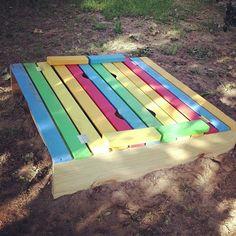 Diy sandbox with cover diy yard decor, yard decorations, sandbox cover, bac Build A Sandbox, Kids Sandbox, Sandbox Ideas, Diy Yard Decor, Diy Porch, Yard Decorations, Outdoor Play Spaces, Outdoor Fun, Outdoor Decor