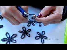 TUTORIAL COLLANA FELTRO TUTORIAL FELT NECKLACE - YouTube Felt Necklace, Diy Necklace, Washer Necklace, Fabric Jewelry, Felt Diy, Needle Felting, Earrings, Tutorial, Blog