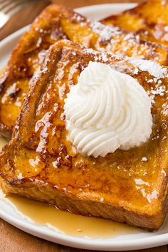 Pumpkin French Toast - the perfect Fall breakfast! It's a great recipe to keep on hand for that extra 1/2 c pumpkin you have from other Fall baking.