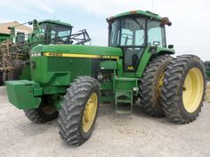 John  Deere 4960.THis a great example of how the competition passed up.It was stuck on 200hp as was the 4955 that it replaced.From its introduction in 1991 CaseIH,New  Holland,White & AGCO all passed it up by putting out more powerful tractors like the 7150/7250.8970.6215,9815.