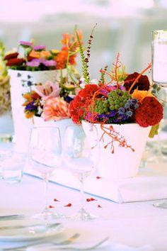 Farbige Blumengestecke