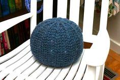 Free Knitting Pattern - Pillows, Cushions & Covers: Pouf Pillow