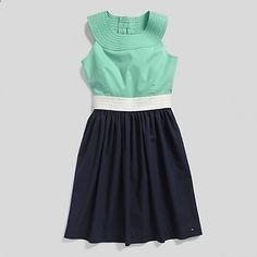 perfect colors for the perfect dress Colour Blocking Fashion, Color Blocking, Girl Fashion, Fashion Dresses, Fashion Design, Super Cute Dresses, Business Dresses, Everyday Dresses, Colorblock Dress