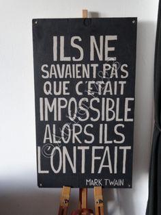 """Écriteau mural en bois avec la citation de Mark Twain """"Ils ne ..."""