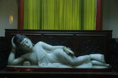 sleeping buddha jade shanghai