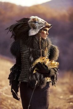 The tribal shaman summons the spirits of the earth to awaken. Glorious girl-power let loose upon the city. Costume Original, Character Inspiration, Character Design, Post Apocalyptic, Headdress, Nativity, Creatures, Witches, Cosplay