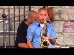 "Branford Marsalis Quartet & Joshua Redman - Doctone (Newport 1999) - Branford Marsalis - Tenor Saxophone Joshua Redman - Tenor Saxophone Joey Calderazzo - Piano Eric Revis - Bass Jeff ""Tain"" Watts - Drums"