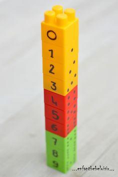 Hello! Savez vous qu'avec les LEGO DUPLO ont peu créer des tas de jeux / activités sympa? Je vous en prépare quelques uns en ce moment, voilà un premier pour continuer sur la route des Maths! Numériser de 1 à 9 en empilant les LEGO DUPLO dans l'ordre,...