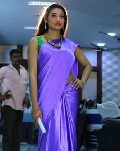 rohit and sonakshi pics & sonakshi pics ; rohit and sonakshi pics Beautiful Indian Brides, Beautiful Saree, Indian Dresses, Indian Outfits, Drape Sarees, Silk Sarees, Satin Saree, Silk Satin, Saree Trends