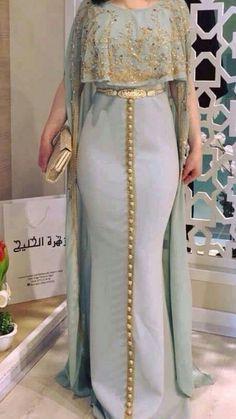 Abaya Style 687221224370766469 - caftan Source by African Fashion Dresses, African Dress, Indian Dresses, Indian Outfits, Fashion Outfits, Abaya Fashion, Muslim Fashion, Indian Fashion, Dress Fashion